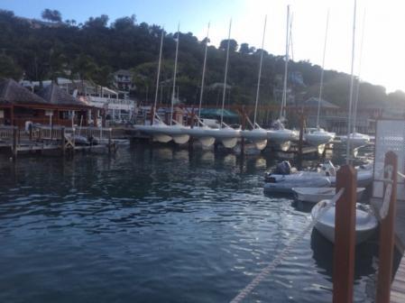 Antigua - marina de FALMOUTH HARBOUR - Garage à DRAGON